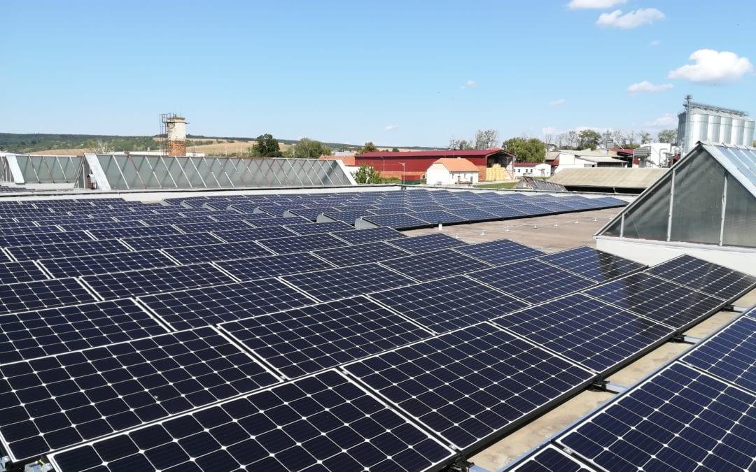 Fotovoltaická elektrárna s bateriemi, Hluk